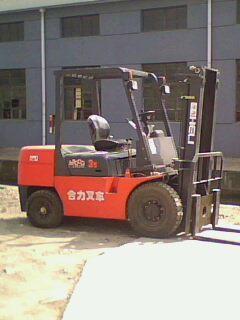 合力柴油4吨叉车价格