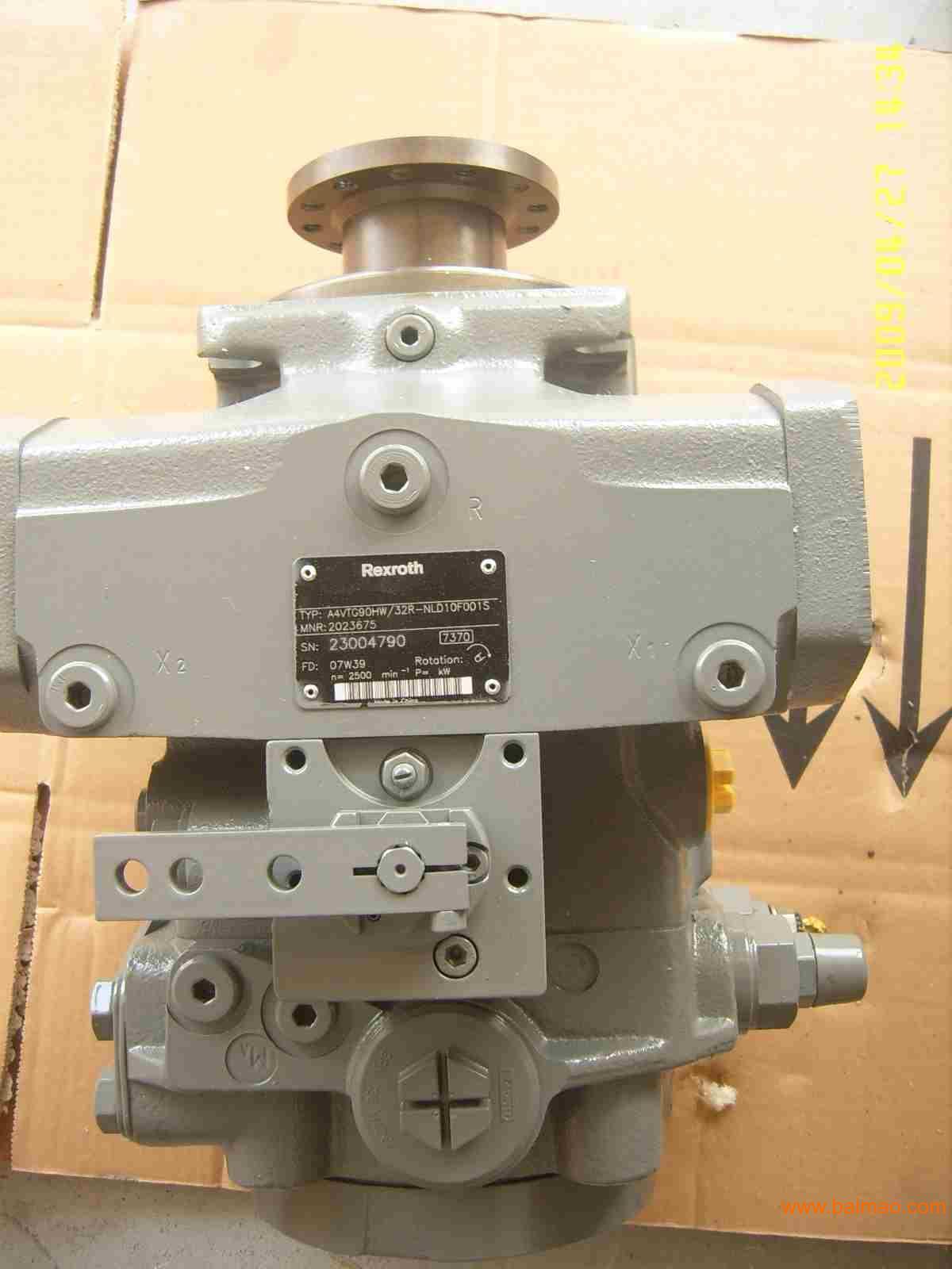 川崎液压泵配件总成图片