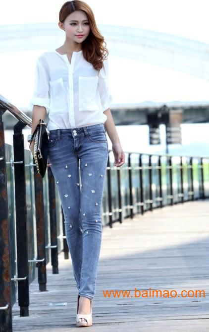 韩版牛仔裤女图片_牛仔裤的搭配女装图片 v118.com