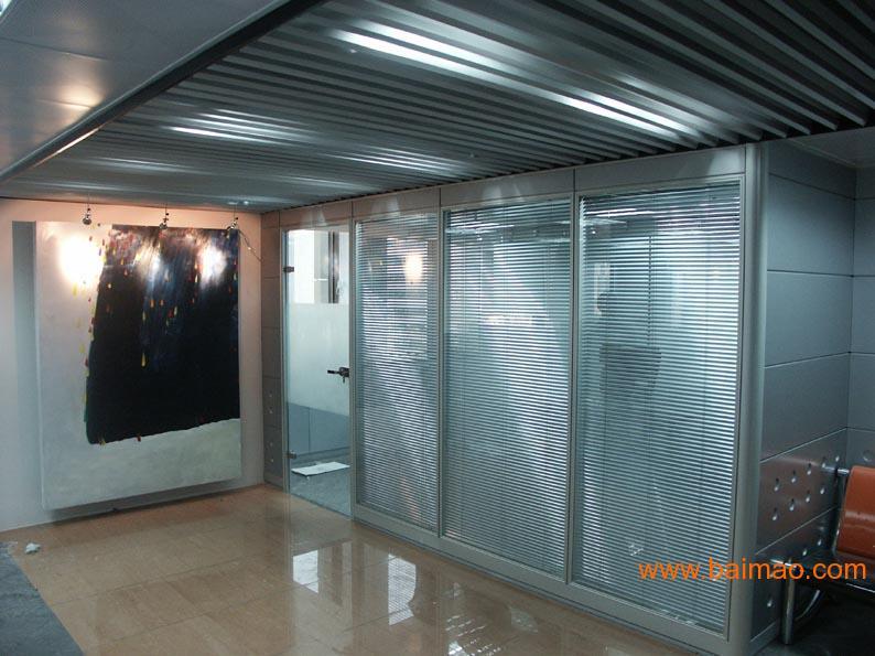 重庆百叶玻璃隔断,重庆百叶玻璃隔断生产厂家,重庆百叶玻璃隔断价格