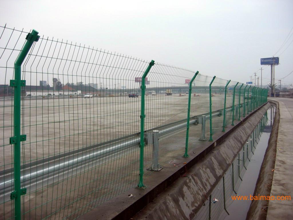 河源双边丝网促销湛江道路铁丝网图片梅州路边隔离网