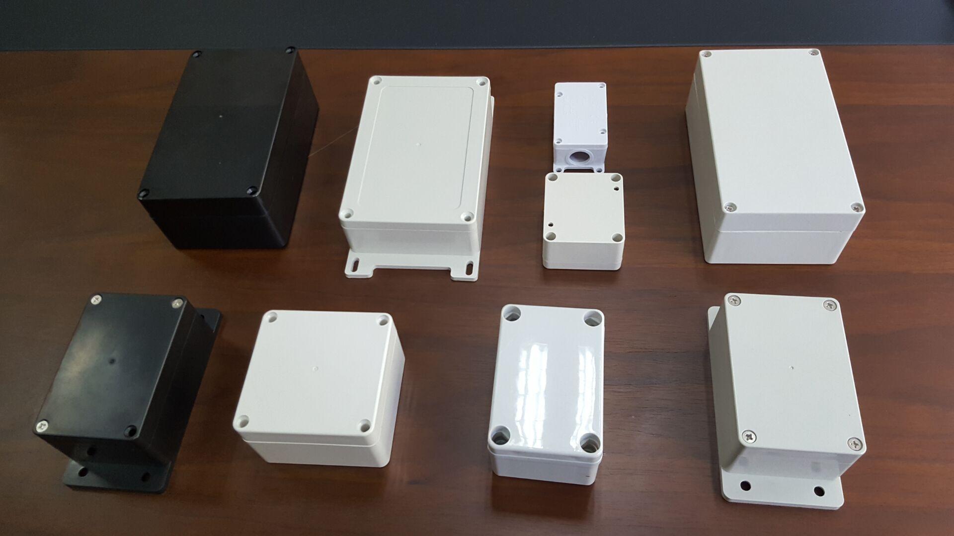 防水接线盒产品开模注塑