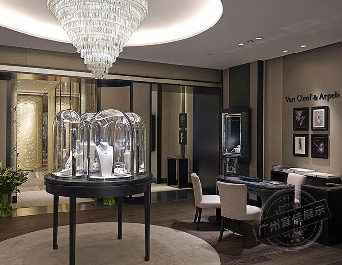 广州宜佳展示浅聊**品珠宝展柜上都用玻璃罩的原因