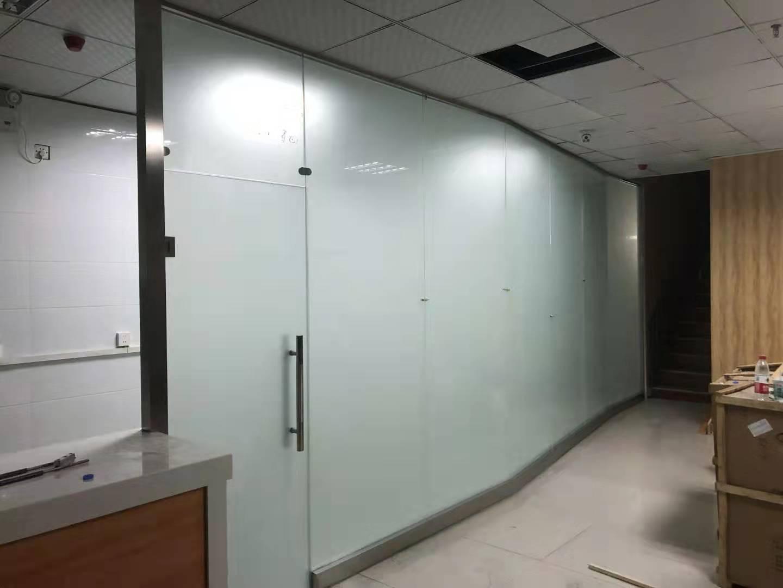 郑州玻璃隔断哪里做—顺鑫玻璃有限公司