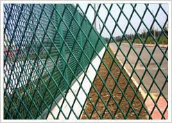 高速公路护栏网郑州价格便宜/河南本土厂家直供