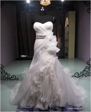 苏州婚纱厂家_苏州婚纱摄影