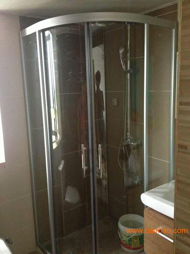 厦门欣名欣淋浴房安装