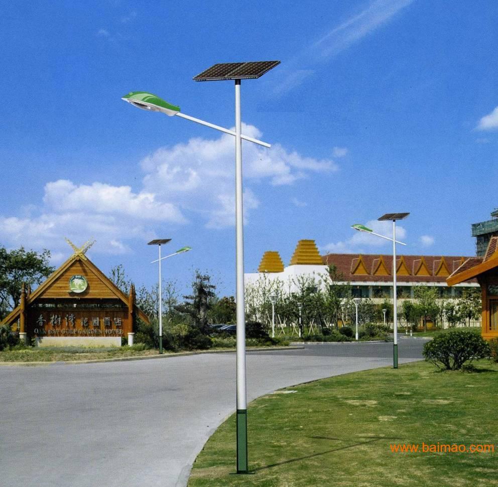 云南昆明太阳能路灯生产厂家图片
