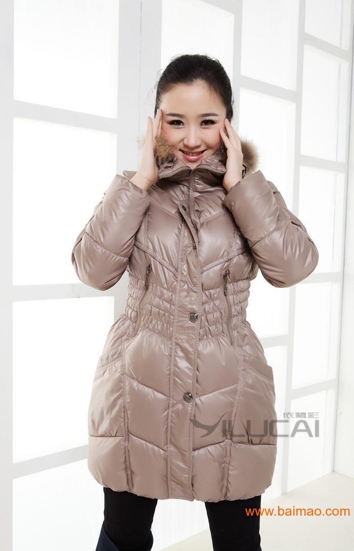 今年最流行的女冬装今年最流行的棉衣羽绒服批发,今年最流行的女冬