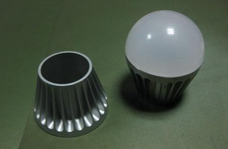 LED灯具零部件加工
