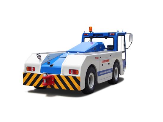 电动牵引车