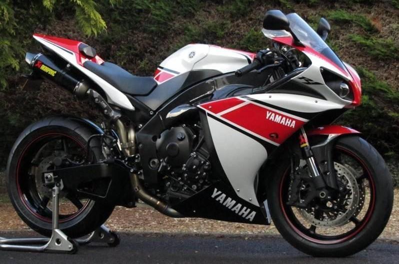 摩托车跑车价格大全_雅马哈r1摩托车跑车图片