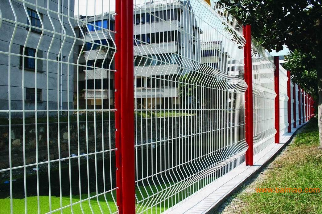 梅州小区隔离网 厂家促销护栏网批发佛山生活区围墙网