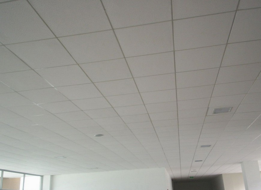 PVC石膏板包梁吊顶