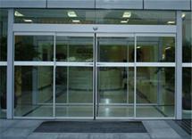 供应津南区安装玻璃门,玻璃门专业安装,安装技术操作