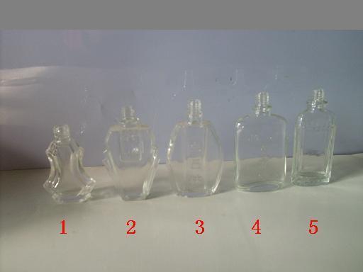 玻璃瓶厂供应花露水瓶,香水瓶,矿泉水瓶,脚气水瓶,香薰瓶图片