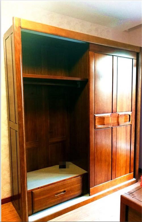 厦门原木衣柜