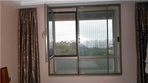 组合隔音窗安装