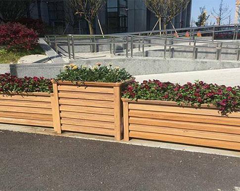 关于PVC家用花箱围栏你知道