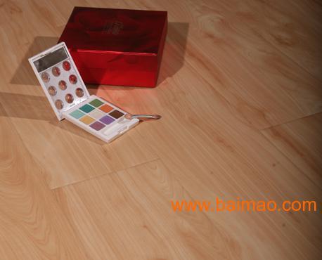 强化地板:平面大模压系列DM3006-强化地板品牌