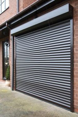 卷帘门,防风卷帘门,钢制卷帘门,电动卷帘门