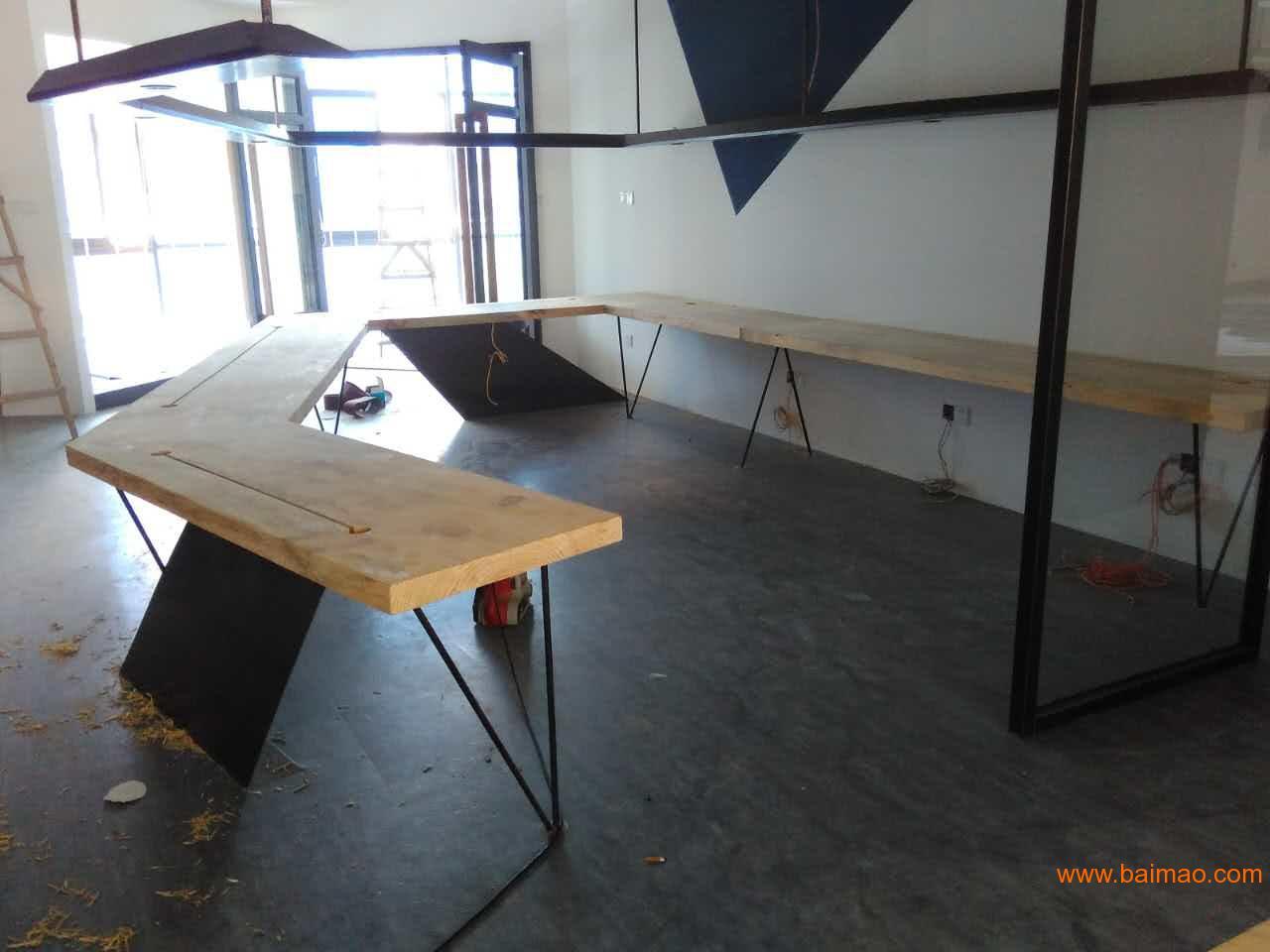 松木家具 松木大板桌 松木自然边大板