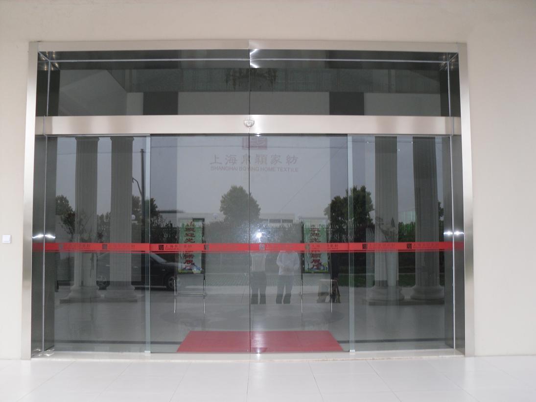 自动玻璃感应门