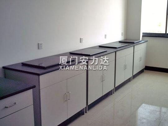 实验室家具-天平台
