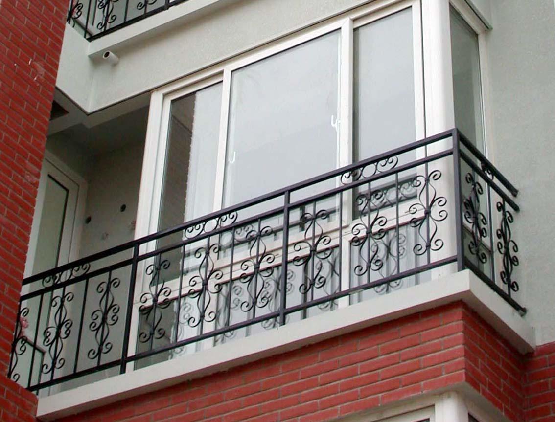 铁艺栏杆设计加工、定西铁艺栏杆、振新铁艺栏杆厂家